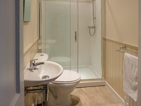 upatairs shower room